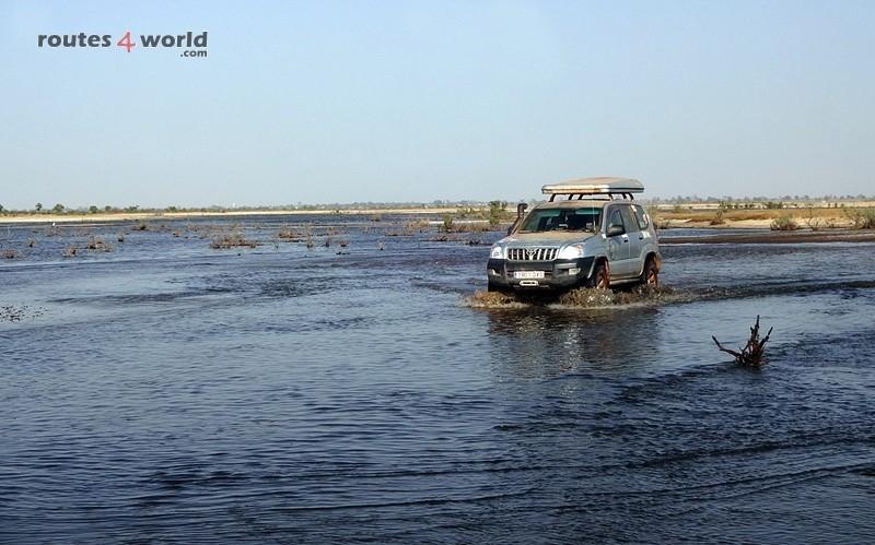 Raid Baobab 2016 - Routes4world - Mauritania - Senegal - Guinea Conakry - Bissau - Gambia (74)
